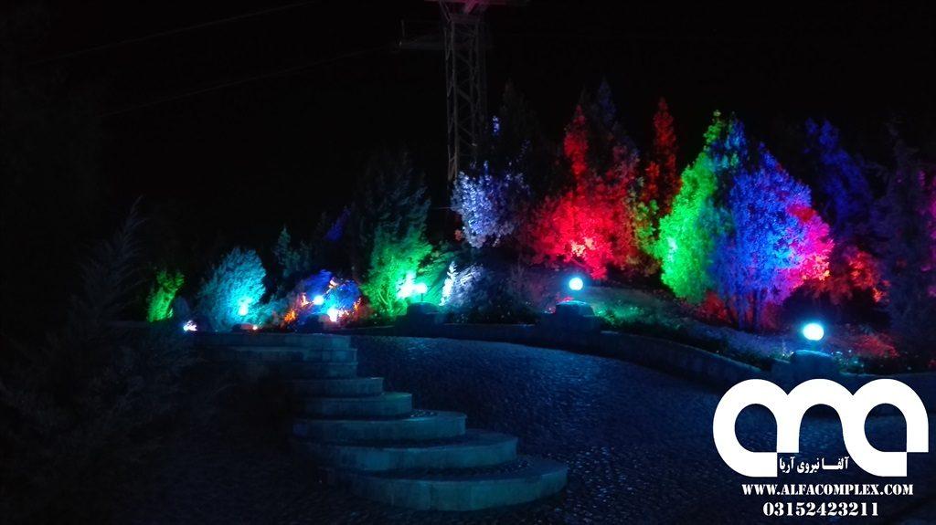 نوپردازی پارک کوهستانی صفه با چراغ دفنی
